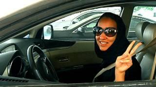 Mujer conductora