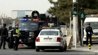 天安门广场附近的警察(2013年10月30日)