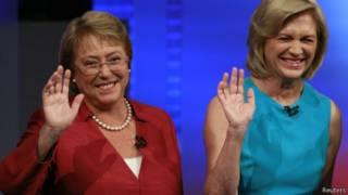 Bachelet (esq.) e Matthei, no debate de quarta-feira (Reuters)