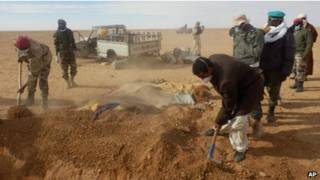 migrantes mortos no deserto  Foto AP