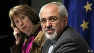 Министр иностранных дел Ирана Мохаммад Джавад Зариф и глава иностранной политики ЕС Кэтрин Эштон