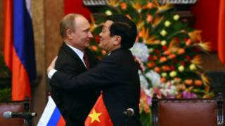 Hai ông Vladimir Putin và Trương Tấn Sang hôm 12/11/2013