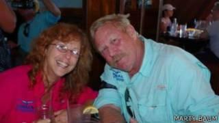 Marty Braum e sua namorada, Robin