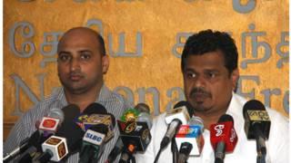 Mohamed Musammil (L) and Dep Minister Weerakumara Disanayake in the press conference