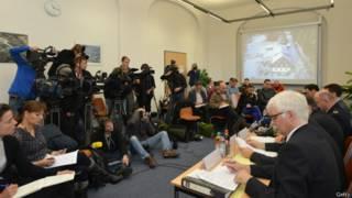 Coletiva de imprensa da polícia de Dresden   Crédito: Getty