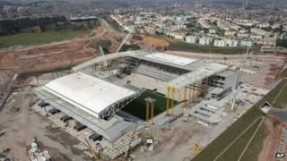 正在建设中的巴西圣保罗2014年世界杯比赛场馆