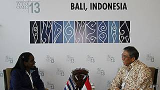 Ileana Bárbara Núñez Mordoche de Cuba y Bayu Krisnamurthi de Indonesia