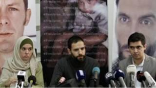 Rueda de prensa donde se exigió la liberación de los periodistas españoles secuestrados