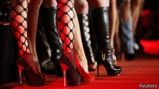 Zapatos de mujeres en Feria Erótica