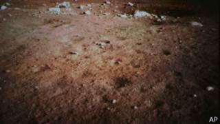 Съемка лунной поверхности китайским луноходом