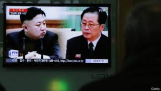 朝鮮官方媒體已刪除所有與張成澤有關的文字與畫面(13/12/2013)