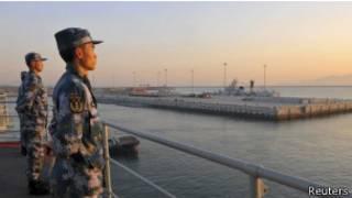 الصين تؤكد أن إحدها سفنها الحربية واجهت سفينة أمريكية في وقت سابق من الشهر الجاري