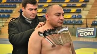 Homem magnético | Crédito: BBC