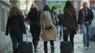 imigrantes búlgaros e romenos | AFP