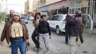Combatentes em Ramadi (AFP)