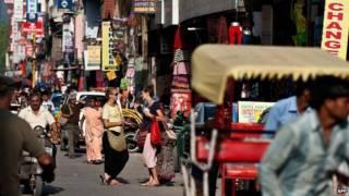 Turistas na Índia (AFP)