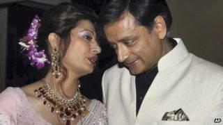 الوزير الهندي رفقة زوجته