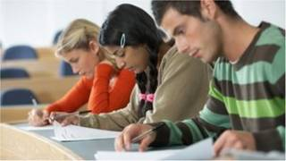 商科是深受华人学生欢迎的专业类别
