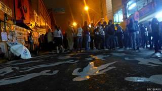 Vigília em Santa Maria. Foto: Júlia Carneiro/BBC Brasil