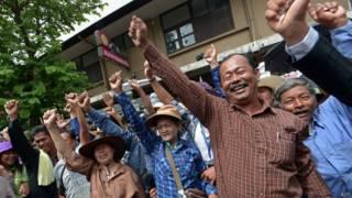 थाईलैंड में धान की खेती करने वाले किसानों का विरोध