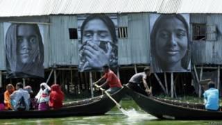 Favelas em Daca (Reuters)