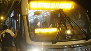 Foto de archivo de un autobús en Río de Janeiro