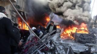 سيارة مشتعلة جراء انفجار في سوريا