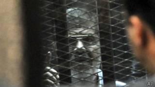 Mohammed Morsi aburanishwa ari mu ruzitiro
