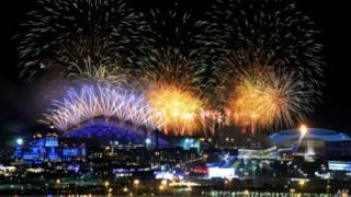 Салют на открытии Олимпиады в Сочи