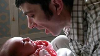 男子与婴儿