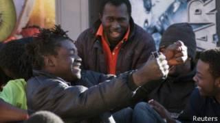 İspanya toprağı Melilla'daki Afrikalı göçmenler