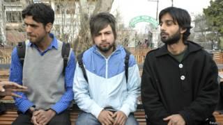 मेरठ के सुभारती विवेकानंद विश्वविद्यालय में पढ़ने वाले कश्मीरी छात्र