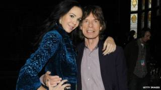 L'Wren Scott com Mick Jagger (Getty)