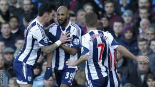 """En 2013, Nicolas Anelka avait été suspendu pour cinq matches par la Fédération anglaise de football, puis licencié par West Bromwich Albion, pour une """"quenelle""""."""