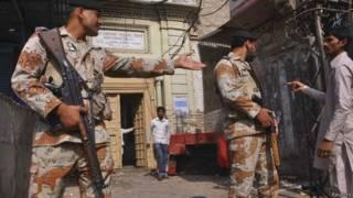 पाकिस्तान का मंदिर जिस पर हमला हुआ था (फ़ाइल)