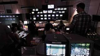 غرفة تحكم في استوديو تلفزيون