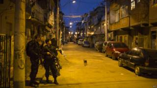 Polícia ocupa complexo da Maré | Crédito: AP