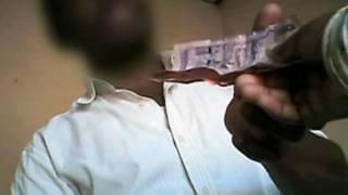 pagamento por teste negativo de HIV