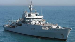 O navio britânico HMS Echo (PA)