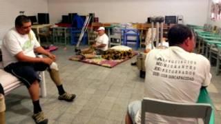 Migrantes mutilados descansan en un albergue de Ciudad de México
