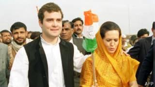 Рахуль Ганди и его мать Соня