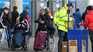مشجعو كرة القدم من ذوي الاحتياجات الخاصة