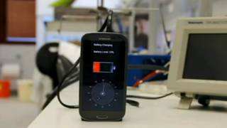 फ़ोन चार्जर
