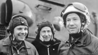 Космонавты Юрий Гагарин и Алексей Леонов (1966 г.)