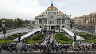 Дворец изящных искусств в Мехико