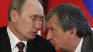 Putin e Igor Sechin (AFP)