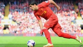 Jogo entre Chelsea e Liverpool. AFP