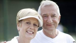 Пара літніх людей