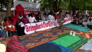 Нигерийцы требуют вернуть похищенных школьниц