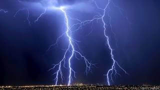 Молния над Лас-Вегасом
